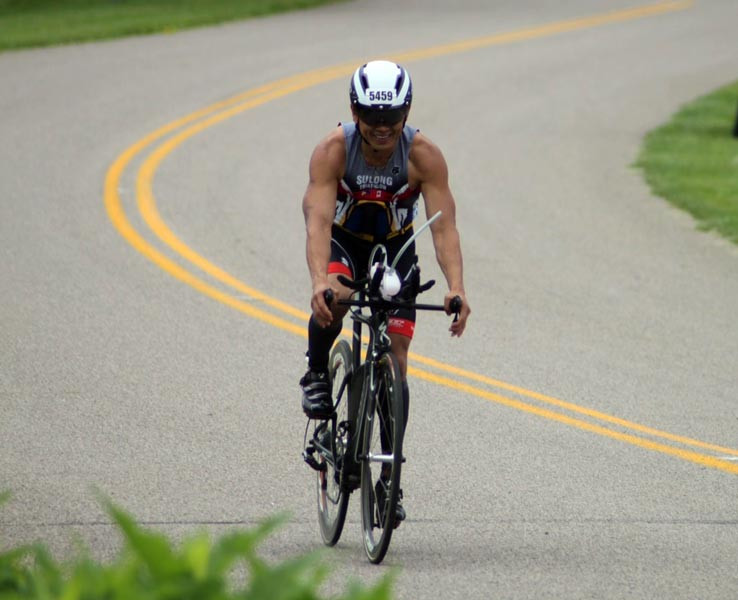 Caption1---Jimmy-Anis-at-Half-Ironman-Long-Course-in-Liberty-Triathlon.-Photo-by-Amy-Anis.